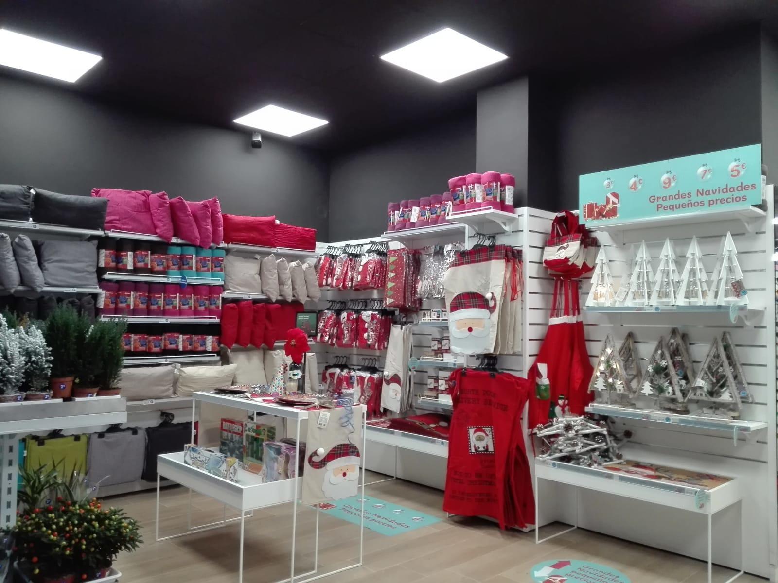 Campaña visual merchandising Navidad DOMTIZIP Almería