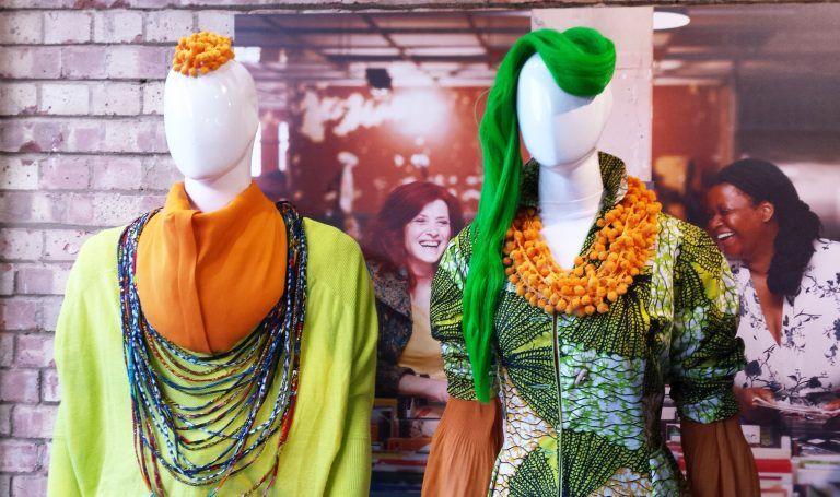 Estilismos en maniquís moda TRAID Londres